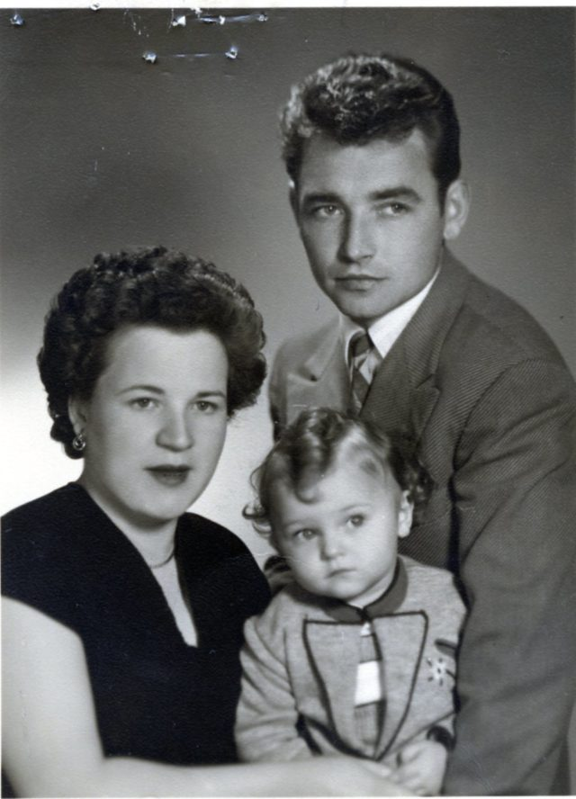 WWII Refugee family